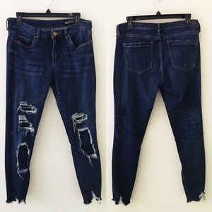 BLANK NYC Crop Skinny Jeans